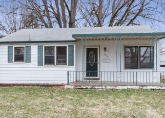 Foreclosed Home in 40TH ST, Des Moines, IA - 50310