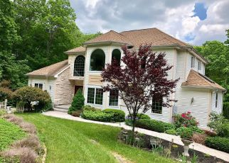Foreclosed Home in FAIRVIEW RD, Westbrook, CT - 06498