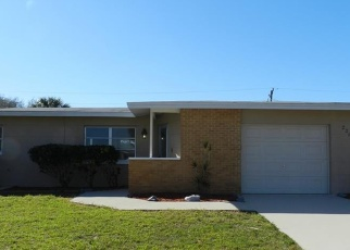 Foreclosed Home en RIVERHEAD AVE, Port Charlotte, FL - 33952