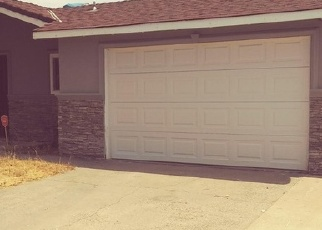 Foreclosed Home en MILLROY WAY, Sacramento, CA - 95823