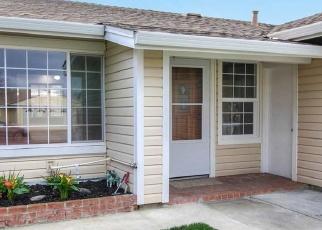 Foreclosed Home en QUEENSBORO WAY, Union City, CA - 94587
