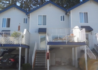 Foreclosed Home en SPRUCE WAY, Lynnwood, WA - 98037