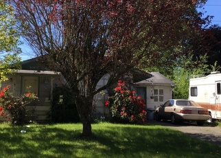 Foreclosed Home en SE 170TH PL, Renton, WA - 98058