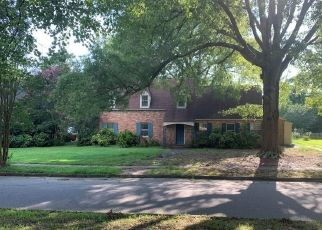 Foreclosed Home en WESTOVER AVE, Petersburg, VA - 23805