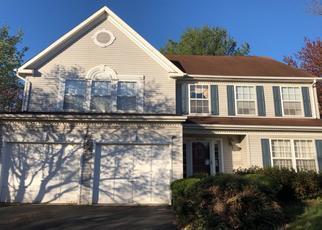 Foreclosed Home en HAMPSHIRE STATION DR, Sterling, VA - 20165