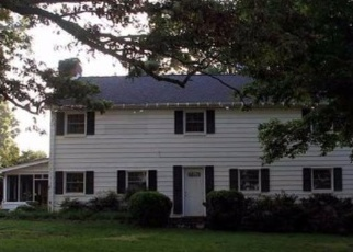 Foreclosed Home en BIG ISLAND HWY, Bedford, VA - 24523