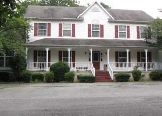 Foreclosed Home en N JAMES MADISON HWY, New Canton, VA - 23123