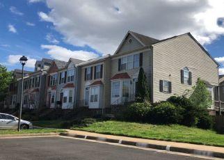 Foreclosed Home en TACONIC CIR, Dumfries, VA - 22025