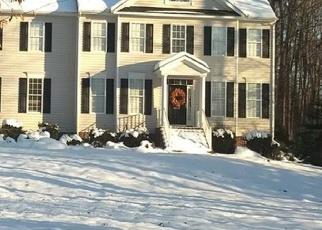 Foreclosed Home en CHRISTIAN RIDGE DR, Mechanicsville, VA - 23111