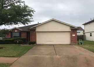 Foreclosed Home in LINKSMAN LN, Katy, TX - 77449