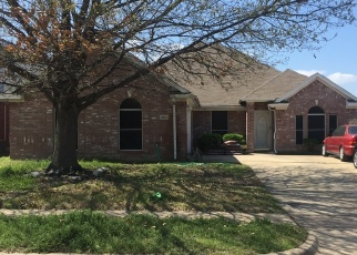 Foreclosed Home in HARPERS FERRY DR, Grand Prairie, TX - 75052