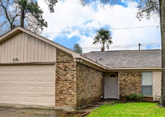 Foreclosed Home in BEAVERWOOD DR, Spring, TX - 77373