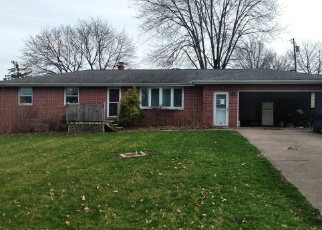 Foreclosed Home en 34TH ST NE, Canton, OH - 44714