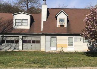 Foreclosed Home en JENNY LYN DR, Norcross, GA - 30093