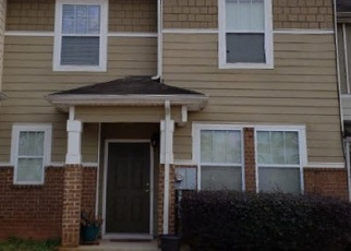 Foreclosed Home en WATSON RIDGE DR, Stone Mountain, GA - 30083
