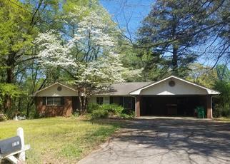 Foreclosed Home en YEMASSEE TRL, Stone Mountain, GA - 30083