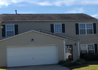 Foreclosed Home in DUXFORD LN, Charlotte, NC - 28269