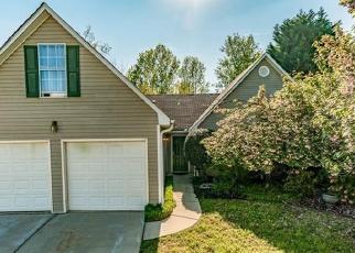 Foreclosed Home en RIVERSTONE DR, Suwanee, GA - 30024