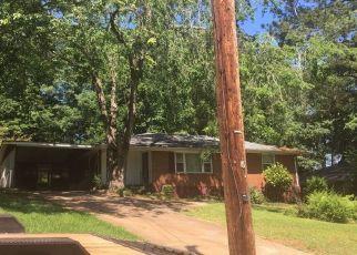 Foreclosed Home en SHARON WAY, Decatur, GA - 30032