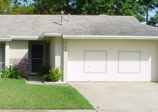 Foreclosed Home en BREAKWATER DR, Altamonte Springs, FL - 32714