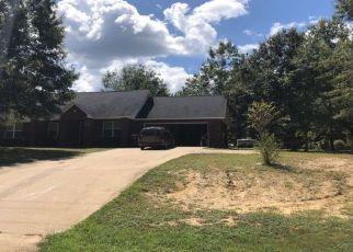 Foreclosed Home en CHUMUCKLA SPRINGS RD, Jay, FL - 32565