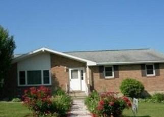 Foreclosed Home en SIERRA LN, Pen Argyl, PA - 18072