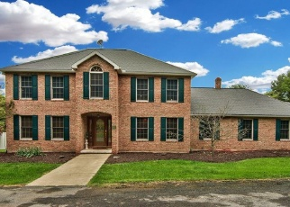 Foreclosed Home en E MAIN ST, Dalton, PA - 18414