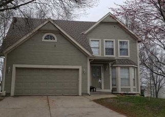 Foreclosed Home en NW 82ND CT, Kansas City, MO - 64152