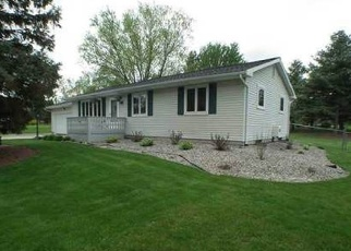 Foreclosed Home in CHERRY LN, Grand Ledge, MI - 48837