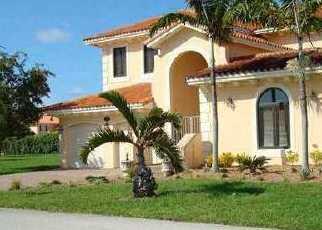 Foreclosed Home en SW 189TH ST, Miami, FL - 33157