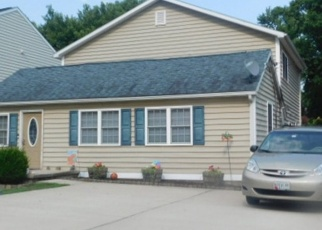 Foreclosed Home en LINCOLN AVE, Sparrows Point, MD - 21219
