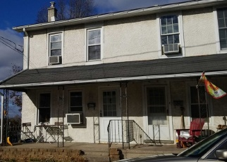 Foreclosed Home en FURNACE ST, Emmaus, PA - 18049