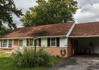Foreclosed Home en CARDINAL RD, Lancaster, PA - 17601