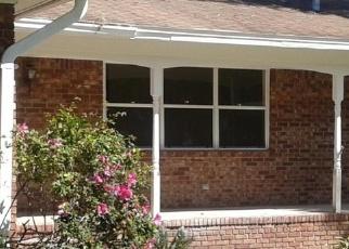 Foreclosed Home en VILLANOVA CIR, Jacksonville, FL - 32218