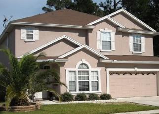 Foreclosed Home en SUMMER BREEZE DR, Jacksonville, FL - 32218