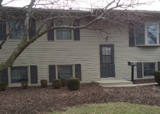 Foreclosed Home in EDGERTON DR, Joliet, IL - 60435