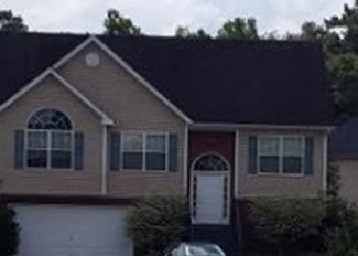 Foreclosed Home en TULLAMORE WAY, Hampton, GA - 30228