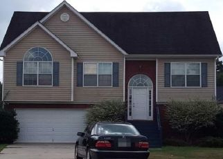 Foreclosed Home en TULLAMORE WAY, Hampton, GA - 30228