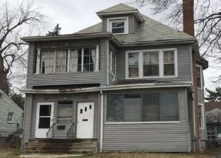 Foreclosed Home in THOMASTON ST, Hartford, CT - 06112