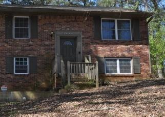 Foreclosed Home en CAROLYN DR SE, Smyrna, GA - 30080