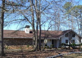 Foreclosed Home en GREYSTONE DR, Riverdale, GA - 30296