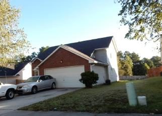 Foreclosed Home en RHODES WAY, Riverdale, GA - 30274