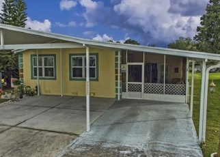 Foreclosed Home en LAZY LAKE DR N, Lakeland, FL - 33801
