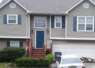 Foreclosed Home en TIDEWATER WAY NW, Acworth, GA - 30101