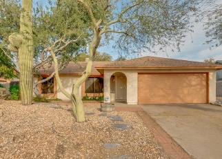 Foreclosed Home en N 53RD AVE, Glendale, AZ - 85302