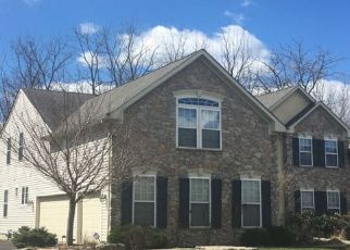 Foreclosed Home en WINDING BROOK DR, Reading, PA - 19608