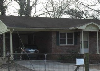 Foreclosed Home en N RICHARDSON ST, Hartwell, GA - 30643