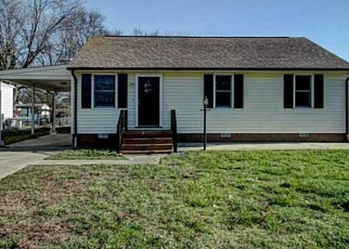 Foreclosed Home en PENNIMAN RD, Williamsburg, VA - 23185