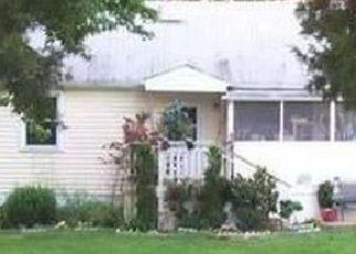 Foreclosed Home en WATERS LN, Dumfries, VA - 22026