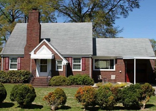 Foreclosed Home en DELWOOD RD, Chesapeake, VA - 23323